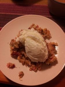 Rhubarb Pie w Ice Cream